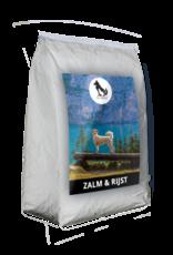 geperste hondenbrokken zalm en rijst